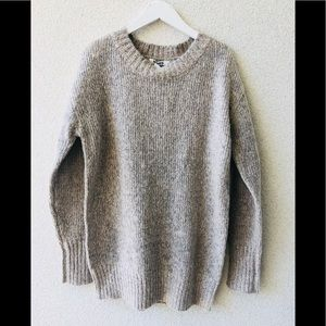 😻 BB Dakota beige oversized sweater NWT S